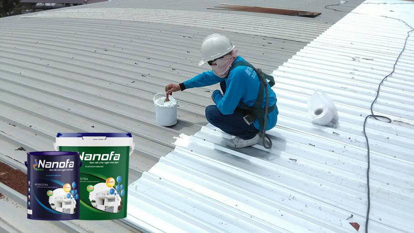Thi công sơn chống nóng mái tôn